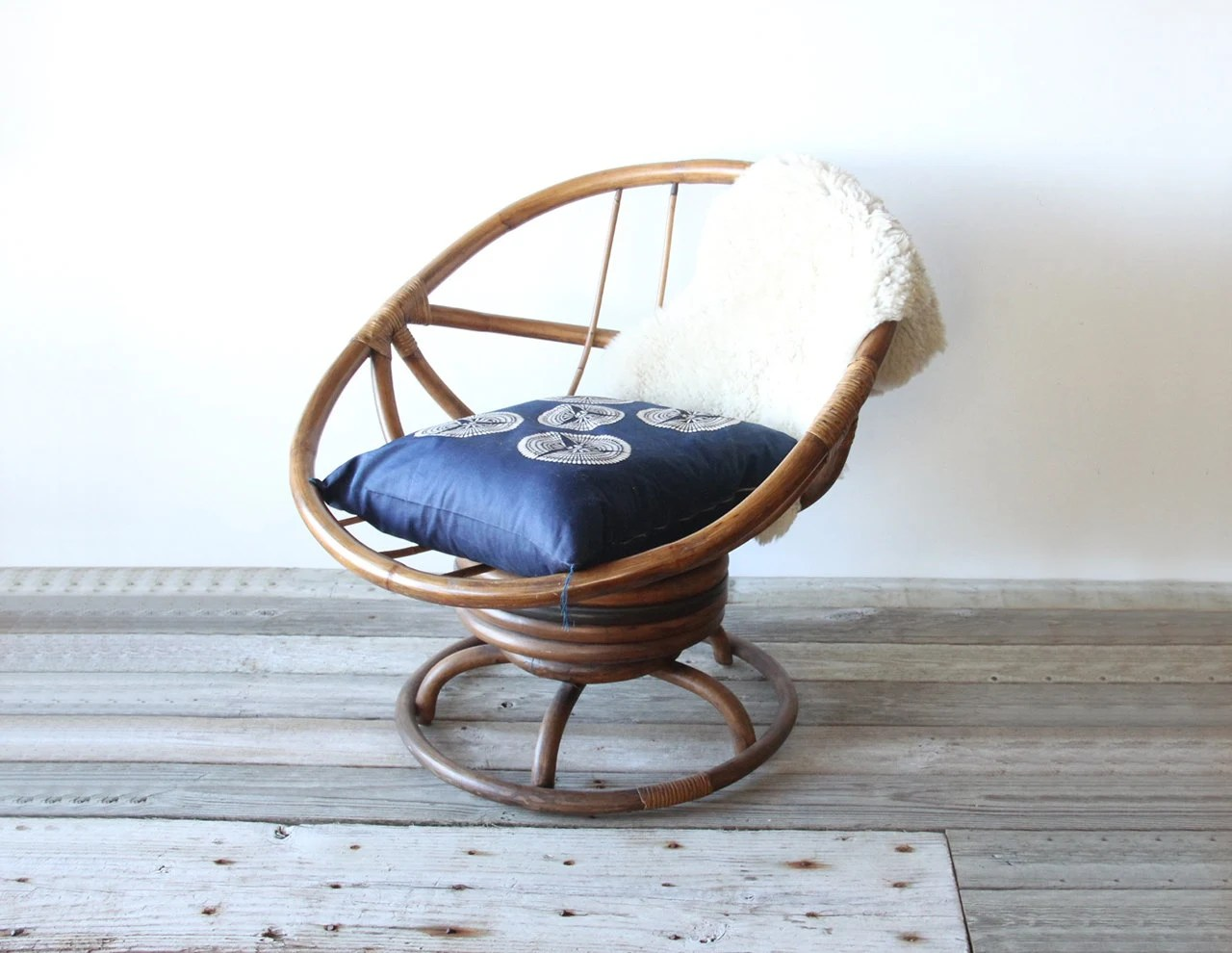 Rattan Egg Chairs Modern Rattan Rocking Swivel Egg Chair