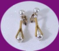 Vintage Pearl Dangle Clip On Earrings Vintage Clip on Earrings