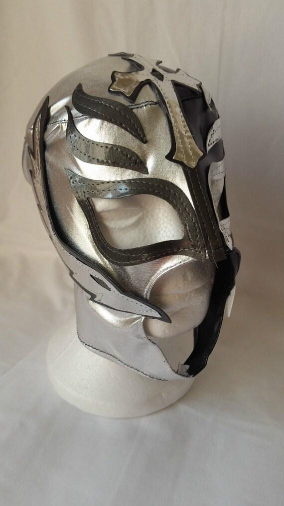 Rey Mysterio Silver & Black Childs Size Wrestlingtrader
