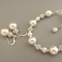 Ivory pearl bridesmaid jewelry set pearl bracelet and by ...