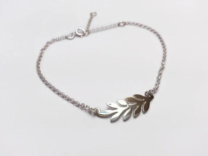 Sterling Silver Linked Heart Bracelet. Adjustable length