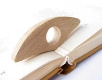 Book Holder / Wooden Page Holder / Thumb book / Book Gadget