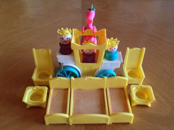 Fisher Little People Play Family Castle Lot