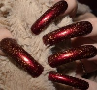 Red Gold flake Fake Nails Extra Long Curved False Nails Hand
