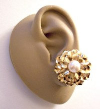 Monet Pearl Flower Clip On Earrings Gold Tone Vintage Layered