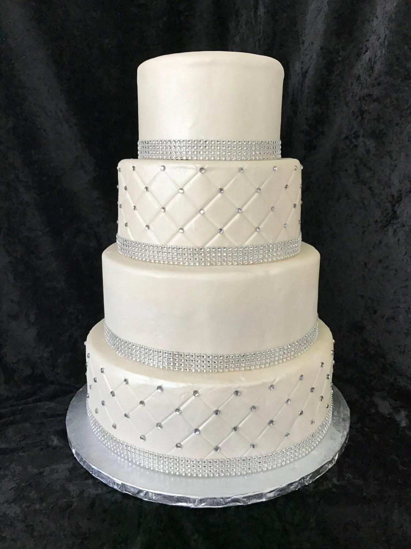 Fauxfake wedding cake
