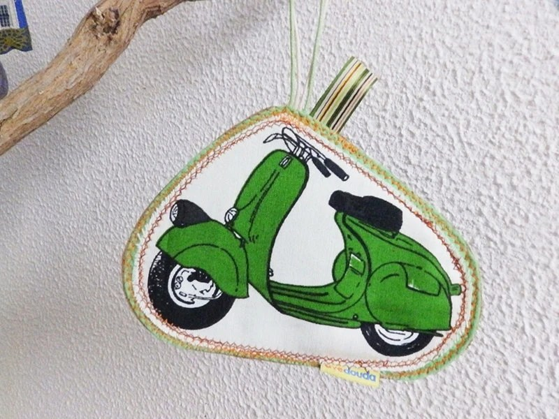 Green Italian Vespa travel tag, luggage label to make your belongs unique