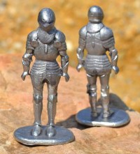 KNIGHT in suit of armor historical TIN STATUE figure Middle