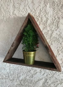 Triangle shelf, small reclaimed triangle shelf