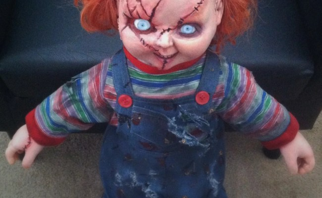 Talking Life Size Chucky Doll Charles Lee Ray Replica