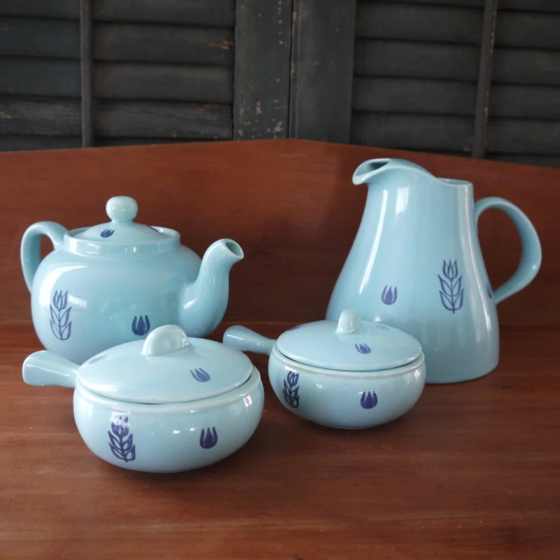 Cronin Pottery Set of Four Pieces of Blue Tulip pottery, 4 items, Two Crocks with Lids, Vintage, Turquoise, Made in USA, Great condition