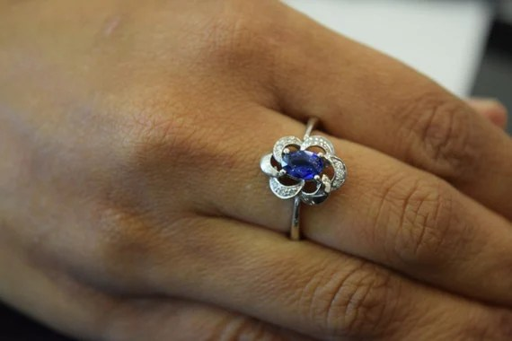 Engagement Rings Under $3000