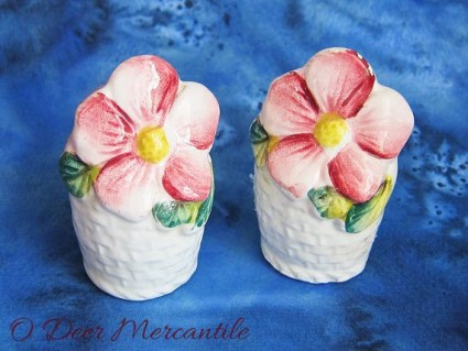 Flower Basket Vintage Novelty Salt and Pepper Shakers: Mid Century Kitsch Made in Japan