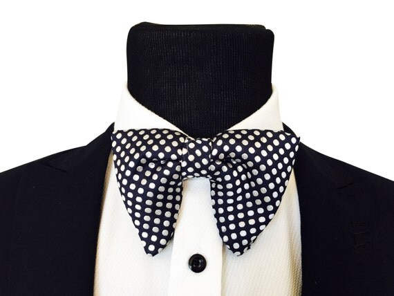Big Bow tie Tom Ford inspired bowtie Bowtie Pre