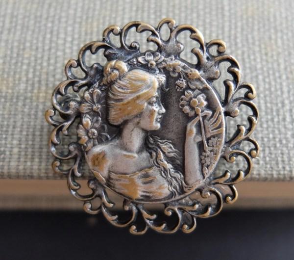 Vintage Art Nouveau Women