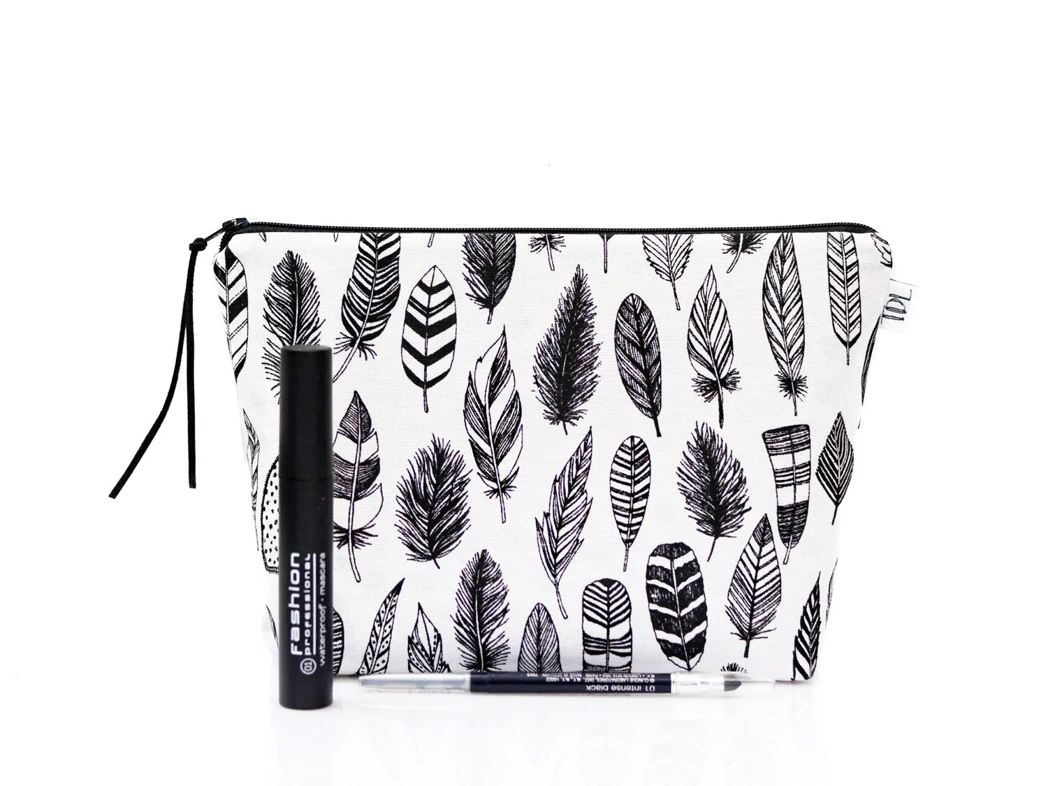 Black White Zipper Pouch Feathers Makeup Bag Cosmetic Case