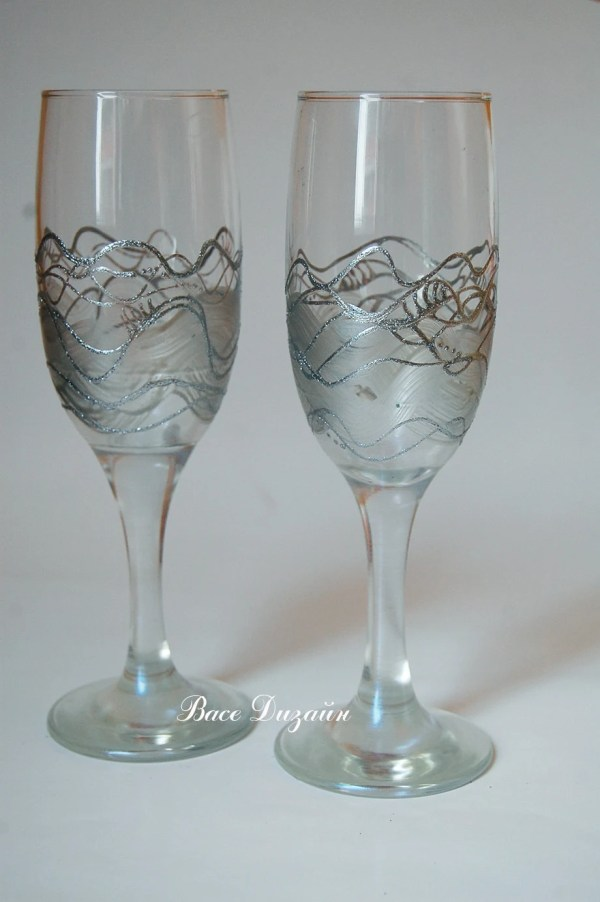 Silver Pearl Wedding Glasses. Hand Painted Champagne