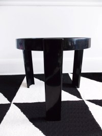 Italy Mid Century round side table / 1960s small 3 leg black