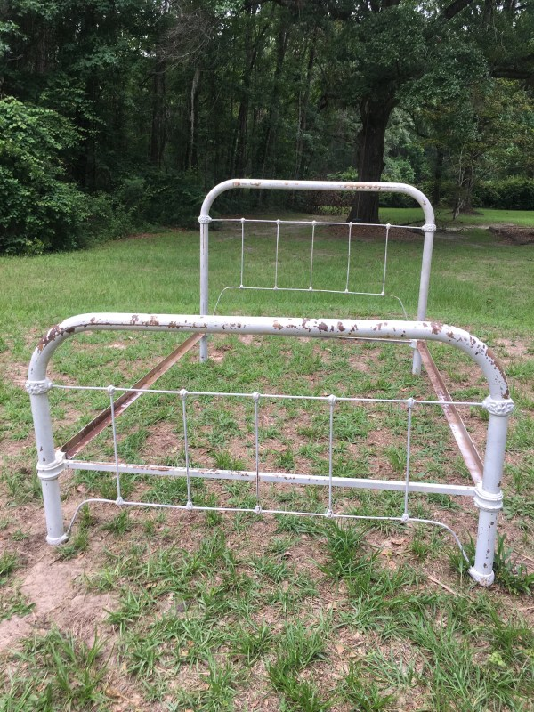 Antique Iron Beds Full Size