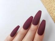 matte burgundy press nails hand
