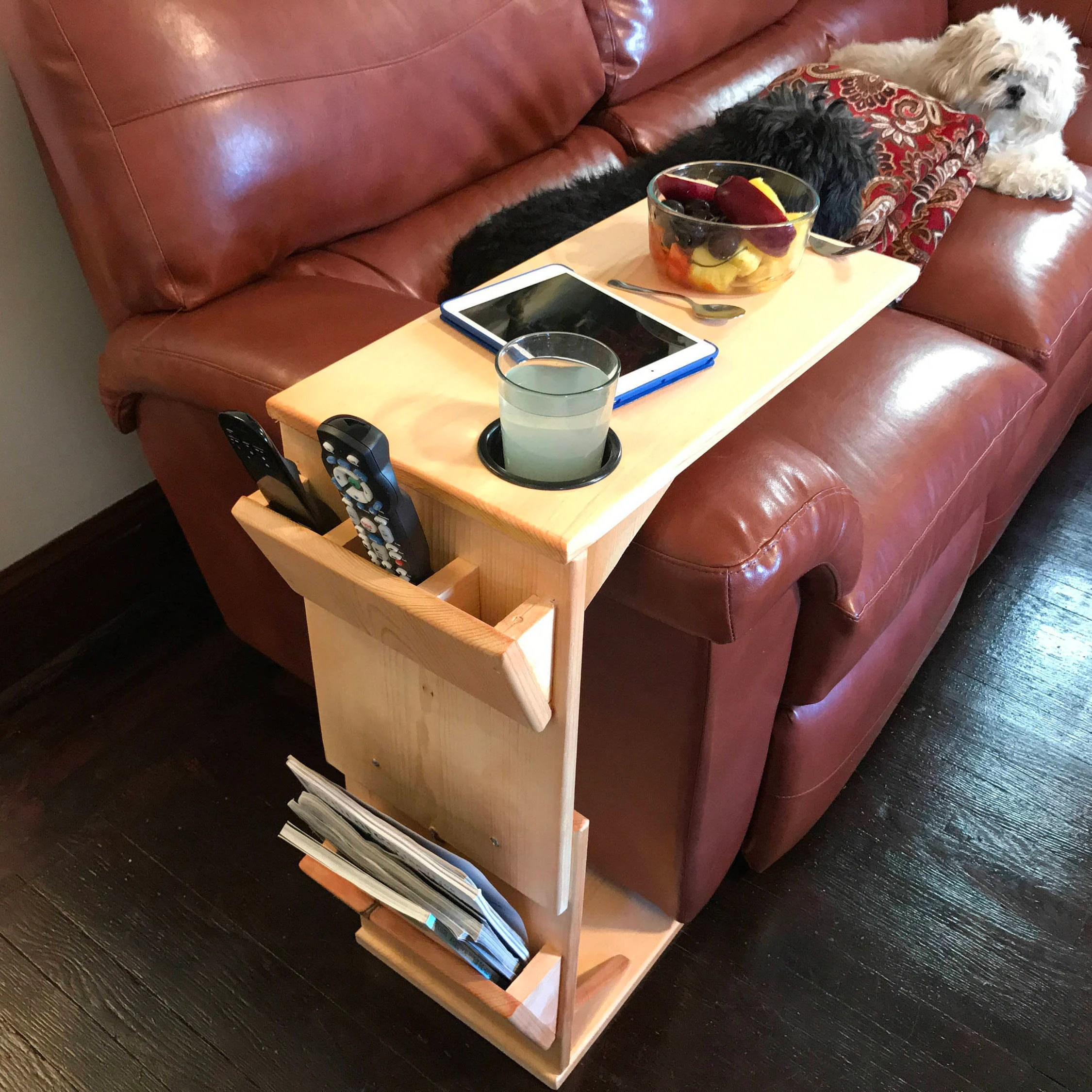 urbanite sofa online kaufen billig couch table with remote control holder tablet magazine rack