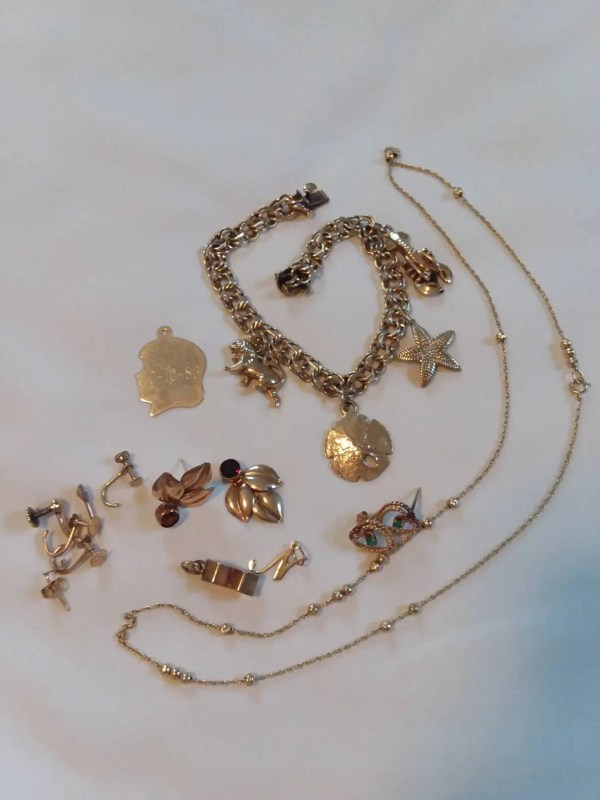 Lot Of Vintage 14 Kt Gold Jewelry Charm Bracelet Earrings