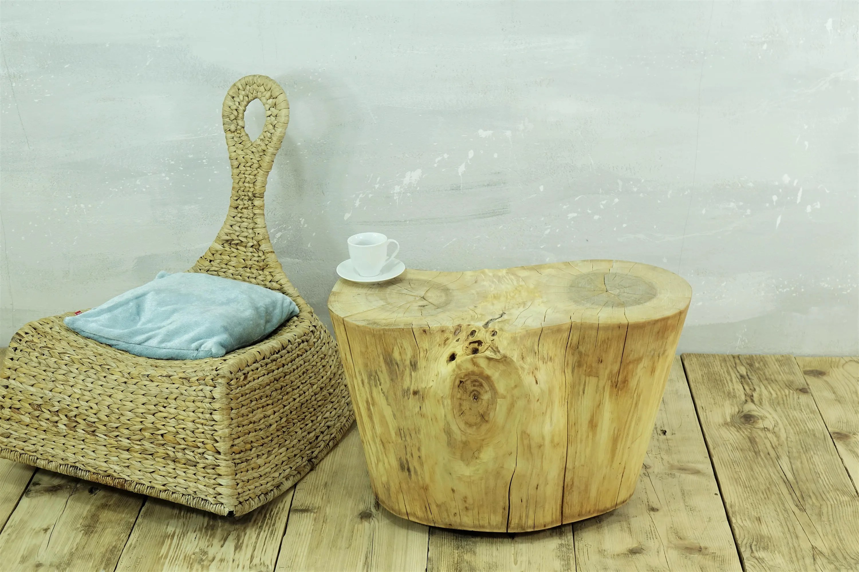 Rustic Tree Trunk, Tree Stump Side Table, Baumstamm