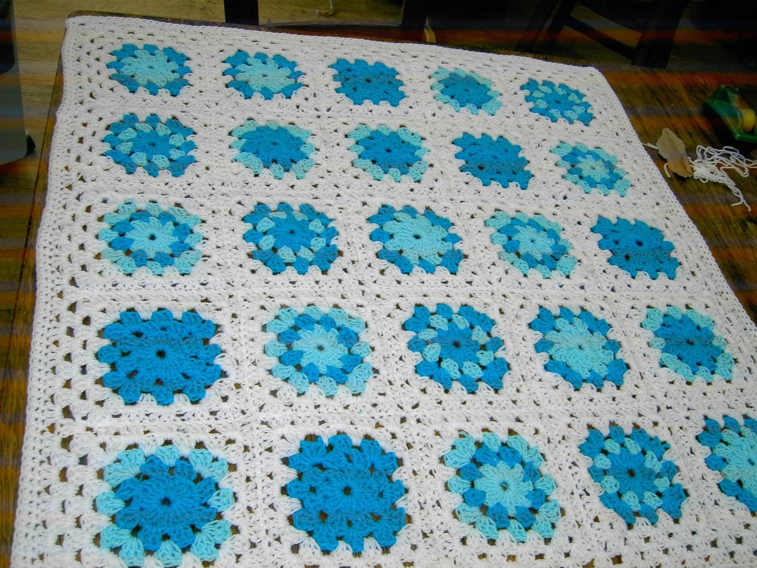 Handmade crochet blanket -  Chunky yarn white and turquoise 655