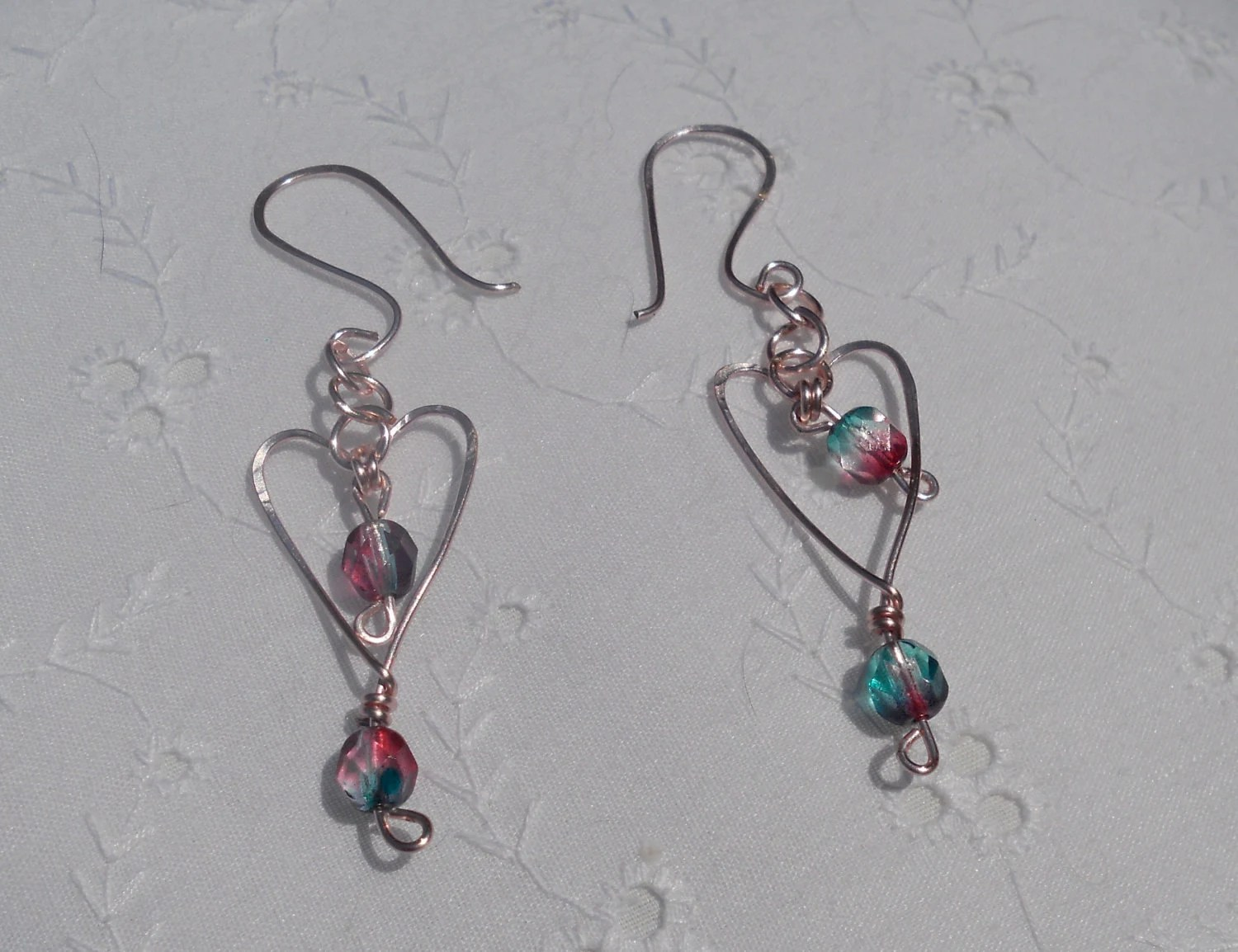 Dangle Heart Earrings . Matching bracelet available
