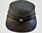 Black leather cap. - WoodBoneAndStone
