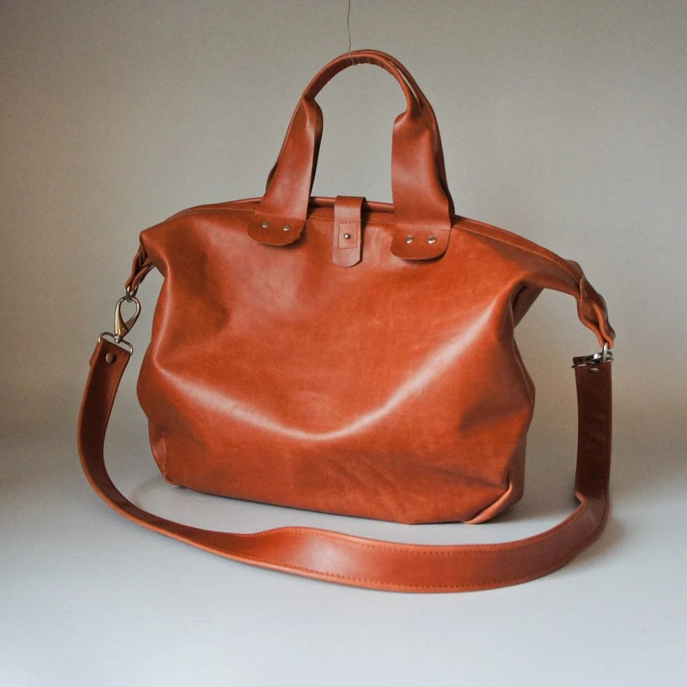 Everyday Traveler Bag in Sienna Brown MADE TO ORDER Handmade Leather Bags by Rib & Hull on etsy