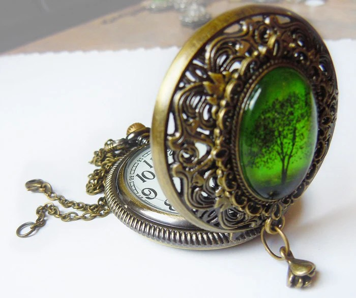 Emerald Bewitchment: Pocketwatch