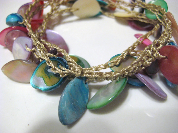 Multicolored Drop Shell Crochet Jangle Bracelet Tan Nylon Thread