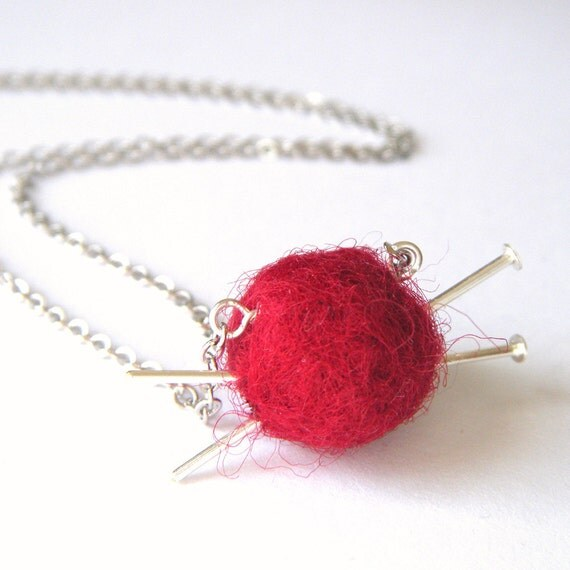 Silver Knitting Necklace - Ball of Wool and Knitting Needles Necklace, Yarn Ball Necklace, Knitter Gift,  Red Felt Necklace - 'Love to Knit'