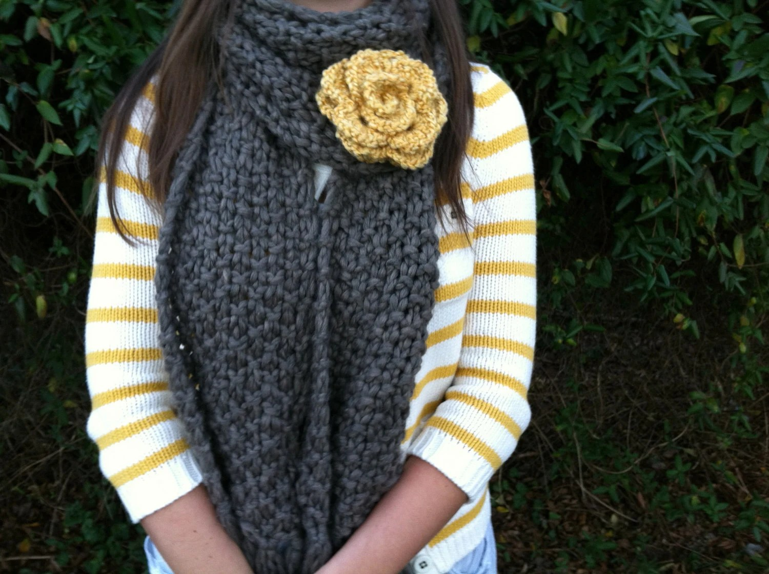 Crochet Rose Pattern Step By Step : Crochet roses in 9 steps: Free crochet pattern with step ...