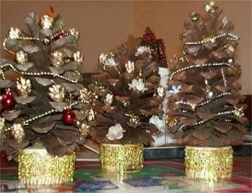 Новогодние и рождественские украшения интерьера
