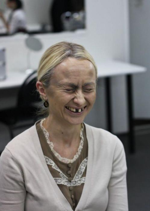 Превращаемся в старушку с помощью косметики (7 фото)