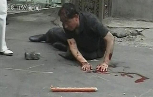 Кровь на улицах Урумчи (фоторепортаж)