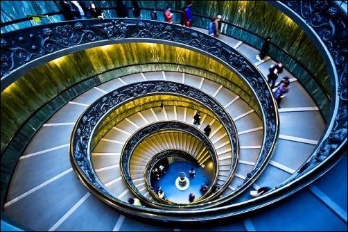 45 спиральных лестниц 42