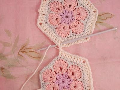 Flower crochet piece AFRICAN FLOWER for knitting toys (7) (400x300, 81Kb)