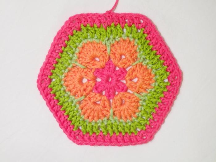 Flower crochet piece AFRICAN FLOWER for knitting toys (64) (700x525, 215Kb)
