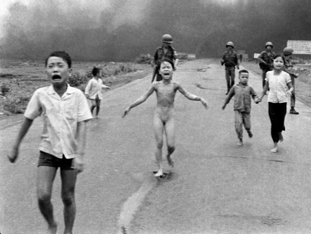 Діти і напалм (ТАРС уповноважений набрехати)