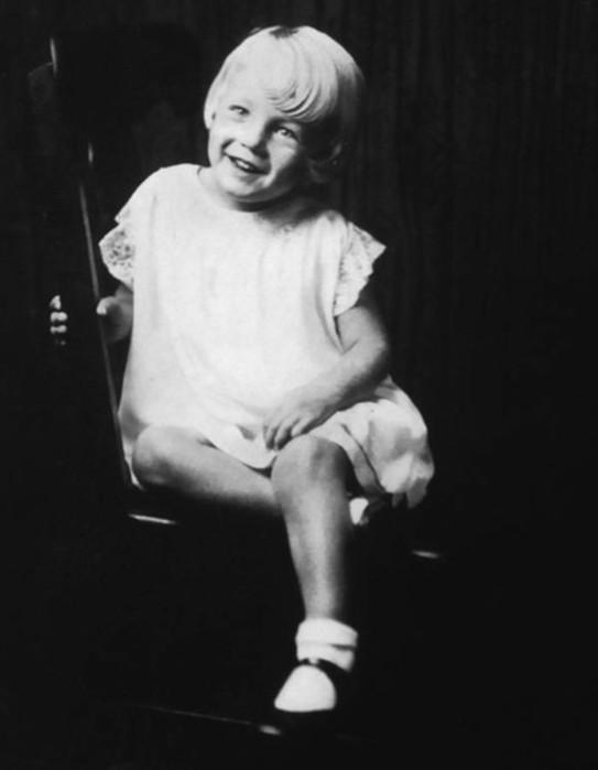 История Мэрилин Монро— 20 редких фотографий пока неизвестной девушки