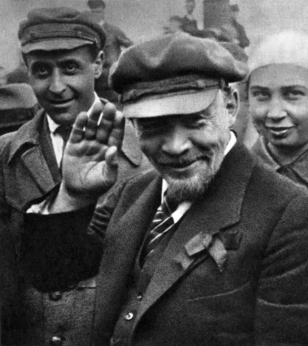 Сколько денег заработал Ленин за свою жизнь?