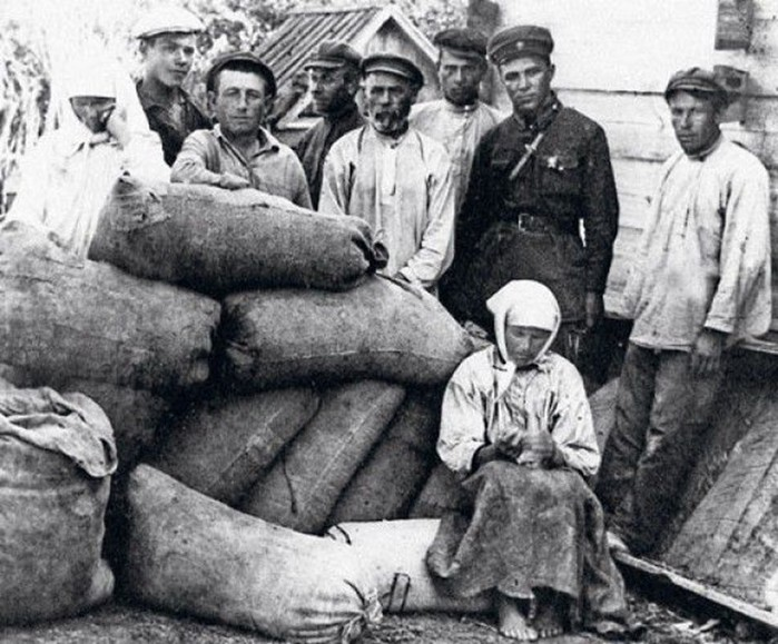Что большевики сделали, когда пришли к власти? Первые декреты
