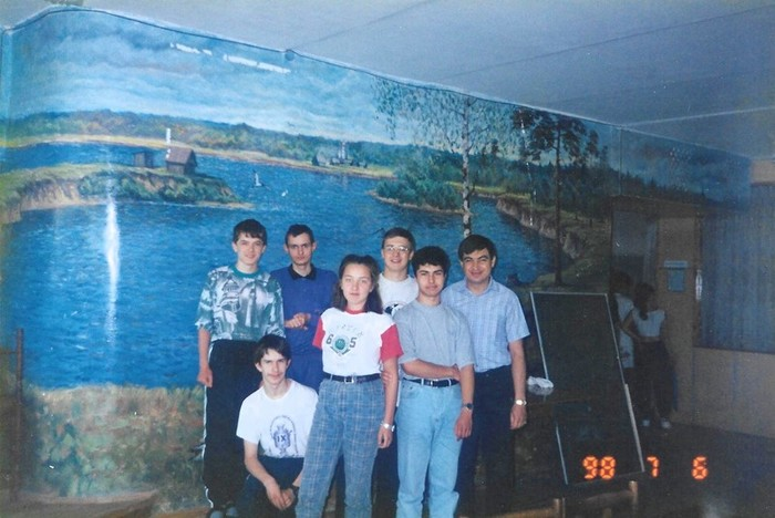 Экс техдиректор «ВКонтакте» судится с братьями Дуровыми
