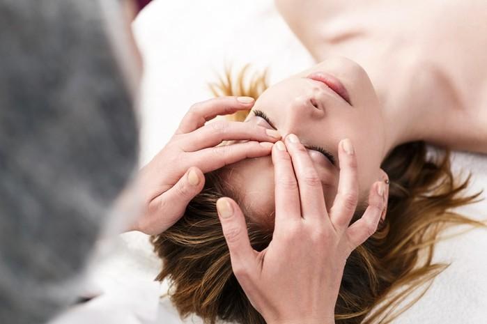 Виды массажа лица: какой подходит именно вам