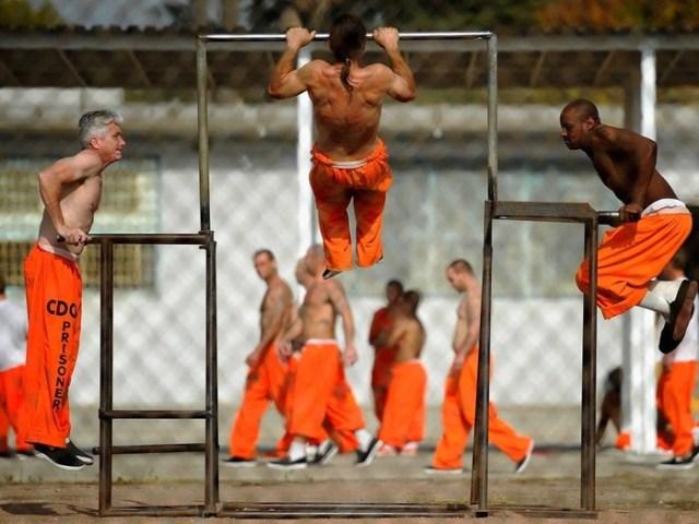 Заключенные американских тюрем делятся самыми жуткими воспоминаниями