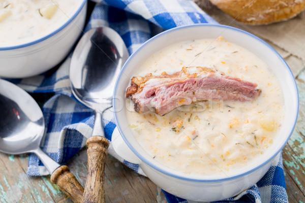 Сырный суп с копчеными ребрышками