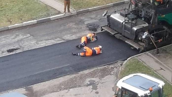 Что только не случается у людей на работе (смешные фотографии)